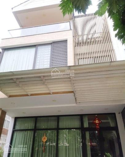 Cần bán gấp nhà đường Thích Quảng Đức, Q. PN 180m2 SHR XDTD tiện ở KD LH: 0938047935 Phong ảnh 0