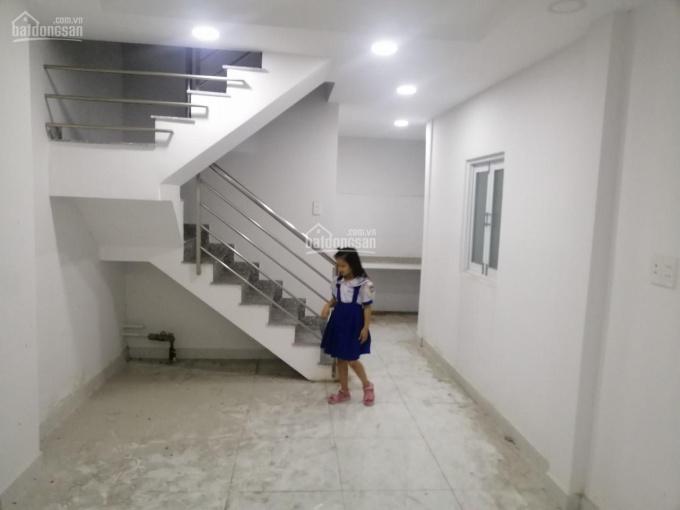 Chính chủ bán nhà hẻm trung tâm Q10, đường Lê Hồng Phong, DT: 29.2m2, 2PN, 2WC, LH : 0931822618 Vân ảnh 0