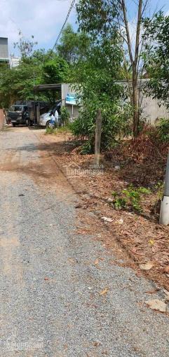 Ở xa và cần tiền nhập hàng, bán lô đất gần mặt tiền Hùng Vương, Phú Đông, LH 0971085588 ảnh 0