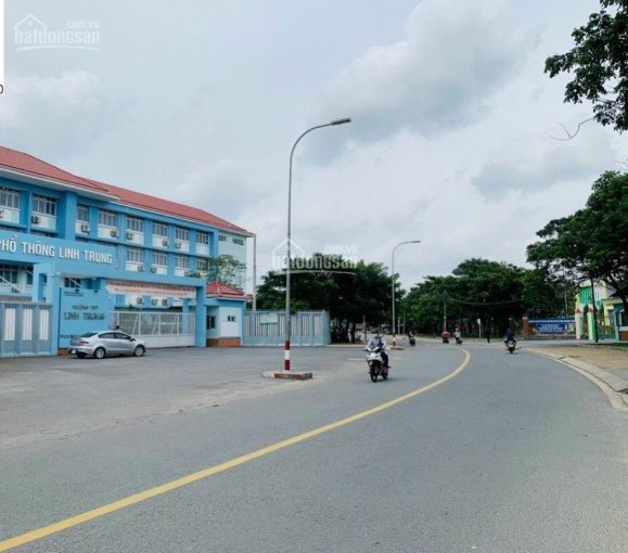 Hàng đầu tư hiếm bán nhà 2 mặt tiền vị trí siêu đắc địa ngay sát chợ Linh Trung chỉ hơn 7 tỷ ảnh 0