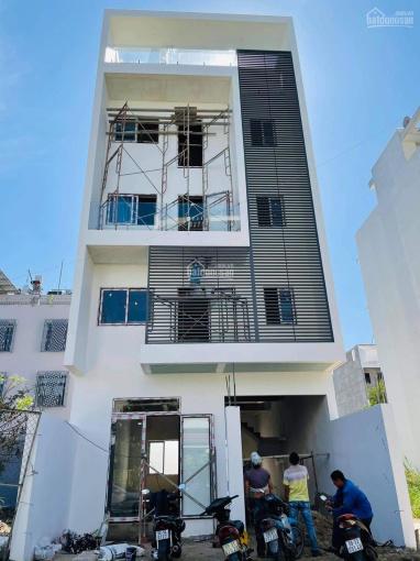 Bán nhà 1 trệt+3 lầu+sân thượng khu Invesco Cát Lái, đường 12m, hướng Tây Bắc, 360m2, giá 8.5 tỷ ảnh 0