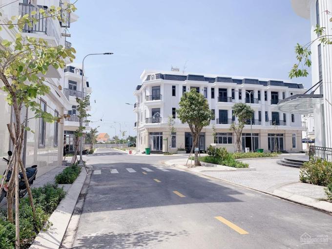 Bán nhà riêng 1 trệt 2 lầu quận Bà Rịa - Bà Rịa Vũng Tàu, có sân vườn giá 3.2 tỷ ảnh 0
