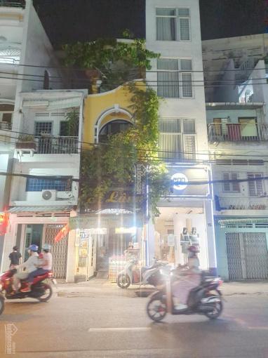 Bán nhà mặt tiền Huỳnh Văn Bánh giao thông rất thuận lợi ảnh 0