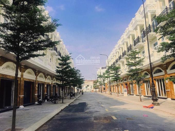 Khu shophouse thương mại 60m2 4,7 tỷ/căn 1T2L sát dự án Thăng Long Home Hưng Phú ảnh 0