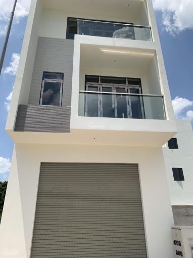 Chính chủ bán nhà mới xây 1 trệt 2 lầu ngay trung tâm TP Thuận An sổ hồng riêng. Hỗ trợ bank 70% ảnh 0