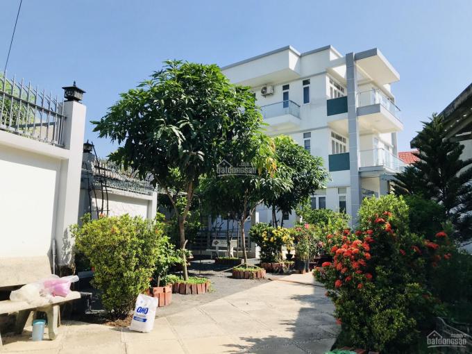 Chính chủ bán nhà tại Linh Đông, Thủ Đức, 1 trệt 2 lầu, 6PN, xe hơi vào tận nhà. LH ngay 0908828676 ảnh 0