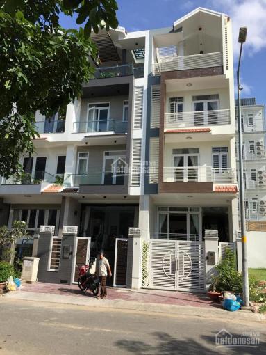 Cho thuê nhà Him Lam Kênh Tẻ, quận 7. DT: 5 x 20m, 1 hầm, 1 trệt, 3 lầu, thang máy, giá rẻ nhất khu ảnh 0