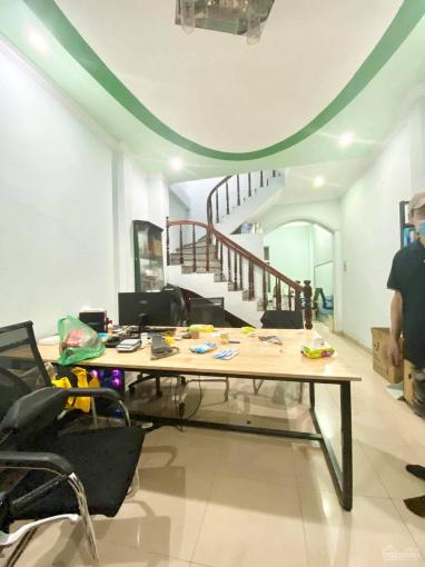 Nhà 5 tầng 3 phòng ngủ full đồ phố Trần Khát Chân ảnh 0