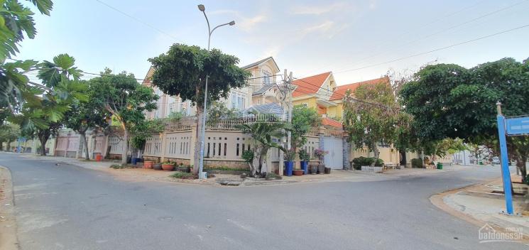 Bán biệt thự biển Bãi Sau - khu Phương Nam, phường 9, Vũng Tàu 210m2 có sân vườn giá chỉ 18 tỷ TL ảnh 0