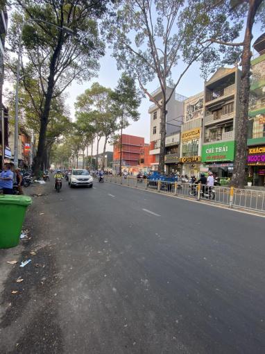 Cho thuê nhà mặt tiền Nguyễn Tri Phương, Quận 10, diện tích 4,5x36m, giá 40 triệu/th ảnh 0