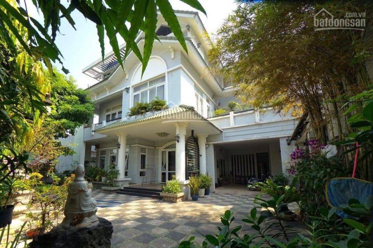 Biệt thự đường Số 11, Thảo Điền, quận 2, DT: 242m2 giá cực mềm để đầu tư, sổ hồng riêng ảnh 0