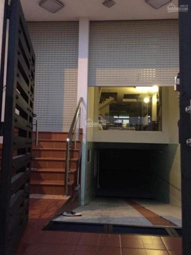 Tôi chính chủ bán gấp nhà phố Bình Chánh, trước mặt là trung tâm TM và trường học kinh doanh ảnh 0