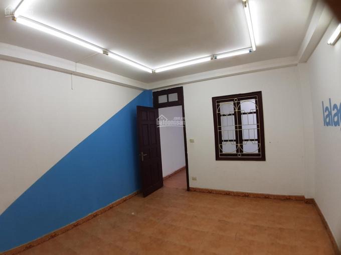 Cho thuê nhà ngõ 19 Trần Quang Diệu 65m2 x 4T ô tô đỗ cửa. Giá 18tr/th ảnh 0