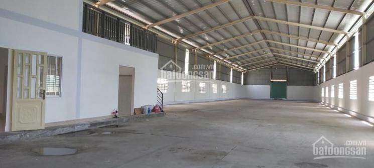 Cho thuê kho xưởng showroom 1200m2 mặt tiền đường Lê Văn Khương, Phường Thới An, Quận 12 ảnh 0