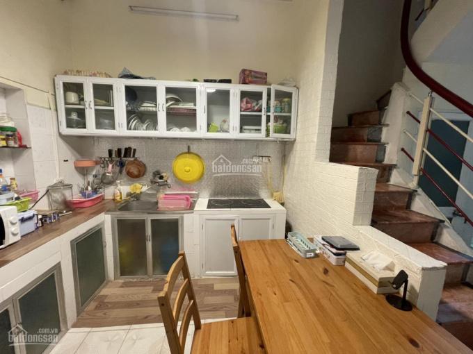 Cho thuê nhà 112 Ngọc Khánh, Ba Đình 39m2 x 3 tầng giá 8 triệu/tháng. Cho thuê lâu dài ảnh 0