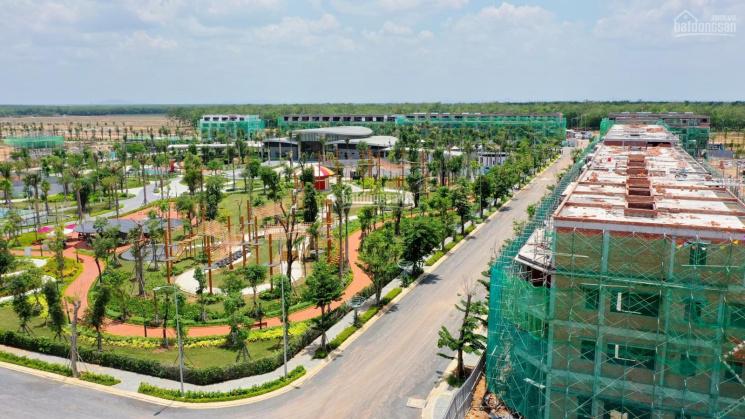 Nhà phố xây sẵn Gem Sky World giao hoàn thiện, sổ hồng riêng, chỉ 1,2 tỷ là sở hữu. LH: 0906878221 ảnh 0