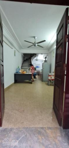 Cho thuê nhà Nguyễn Trãi 35m2 x 5 tầng, 3 phòng ngủ, ĐH, NL giá 10triệu/tháng ảnh 0