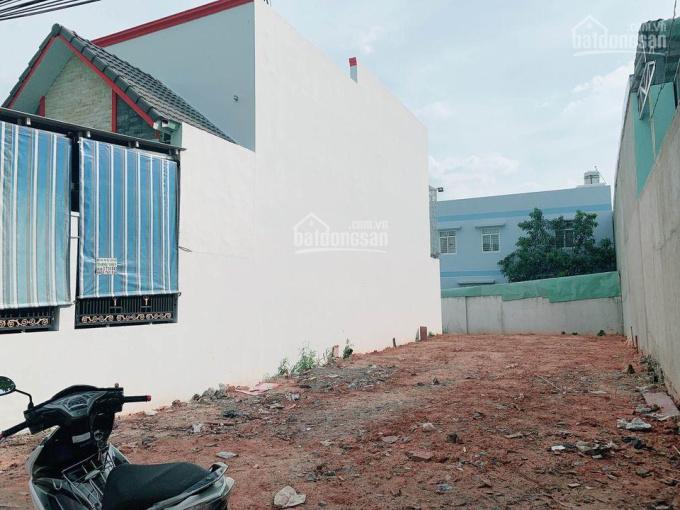 Bán gấp đất MT đường Hai Bà Trưng, đối diện sân vận động Dĩ An, BD, sổ sẵn, 1tỷ9/100m2 0763607289 ảnh 0