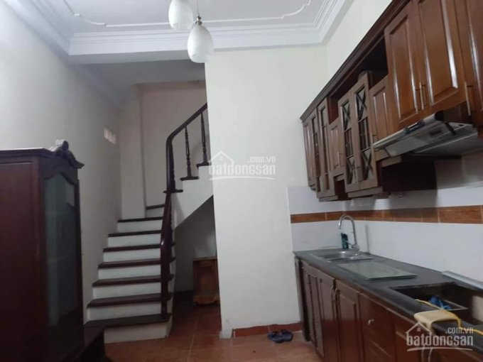 Cần bán gấp nhà đầu phố Kim Mã 30m2 x 5T MT 3,5m. Giá 3,35 tỷ ảnh 0