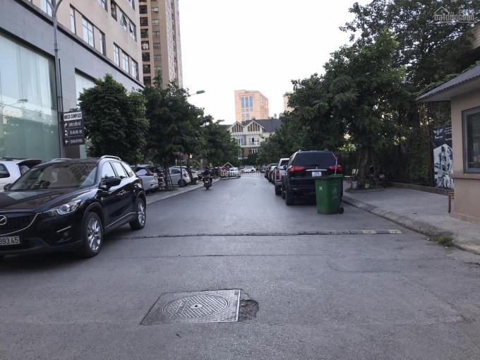 Chính chủ bán dãy nhà cấp 4 ngõ 131 Thái Hà, 2 mặt ngõ ô tô vào nhà, dt từ 54m2 giá từ 130tr/m2 ảnh 0
