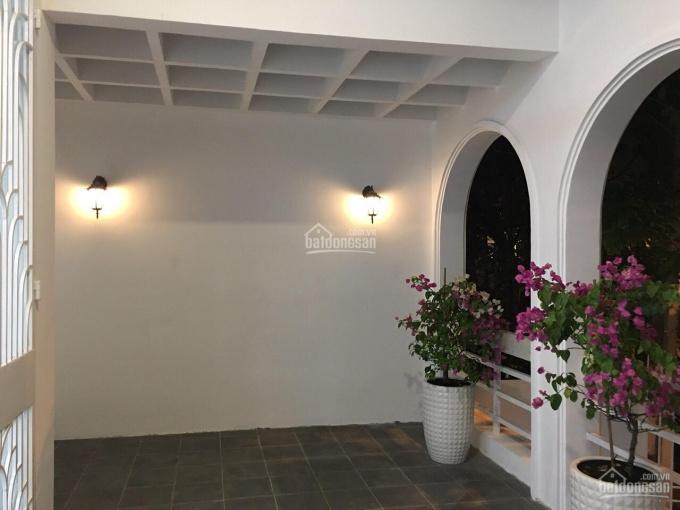 Cho thuê biệt thự mini P15 Phú Nhuận 8x22m có sân đậu xe hơi thoải mái theo kiến trúc Địa Trung Hải ảnh 0