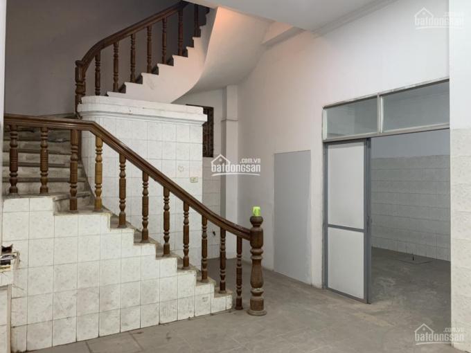 Cho thuê nhà mặt phố Trần Khát Chân: Diện tích 70m2 x 6 tầng, mặt tiền 4.5m, nở hậu. Nhà đẹp KD tốt ảnh 0