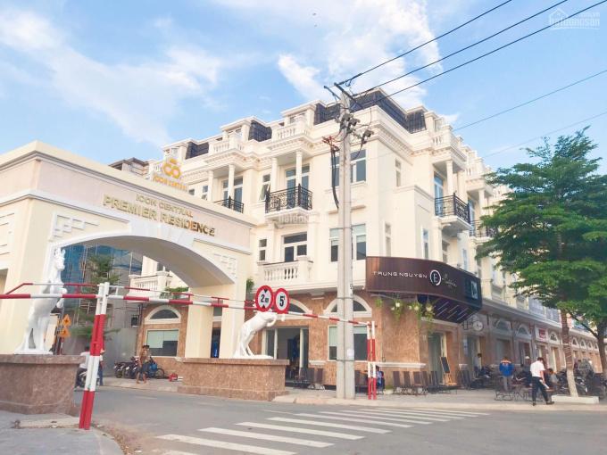 Bán shophouse khan hiếm 3 không tại thành phố Dĩ An - Icon Central ảnh 0