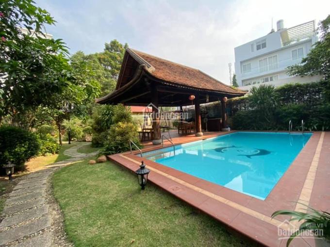 Cho thuê biệt thự Thảo Điền, 800m2, sân vườn hồ bơi rộng rãi ảnh 0