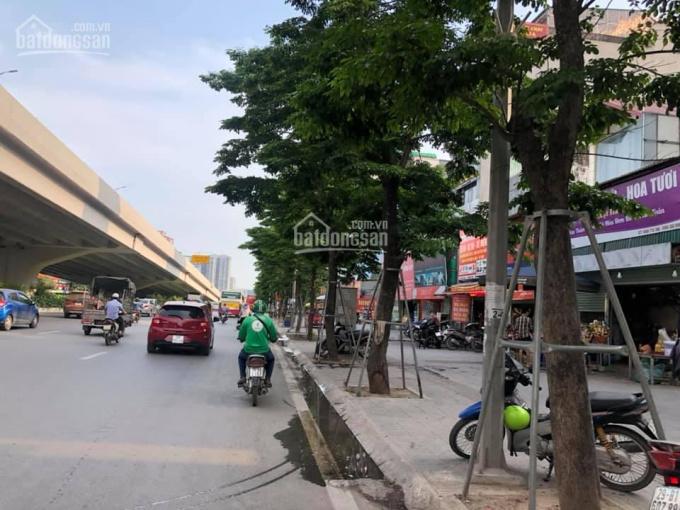 Bán nhà C4 mặt phố Phạm Văn Đồng, DT: 220m2, MT: 4,5m. Giá: 39.9 tỷ ảnh 0