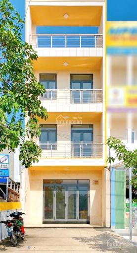 Cho thuê nhà ngang 5m, 6PN, 6WC, mặt tiền Nguyễn Duy Trinh. Giá: 30tr/th - 0972668842 ảnh 0