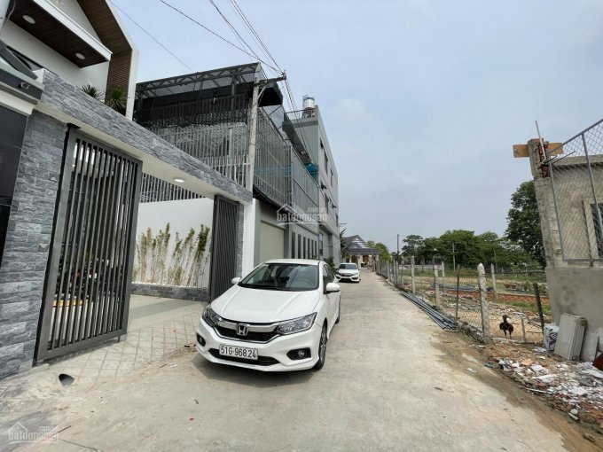 Bán nhà mới siêu đẹp 2 lầu nằm ngay KDC Hiệp Thành - Thủ Dầu Một, giá chỉ hơn 4 tỷ ảnh 0