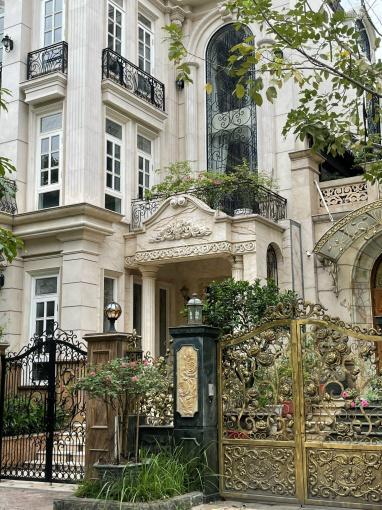 Bán nhà mặt phố đường Tây Hồ, Quảng An, 320m2, 5T, MT 17m. Thang máy, máy phát điện, NT châu Âu ảnh 0