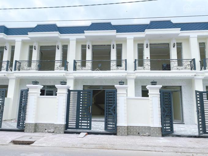 Bán nhà ở Cần Đước Long An giá 1,3 tỷ, 100m2 sổ hồng riêng sang tên trong ngày ảnh 0