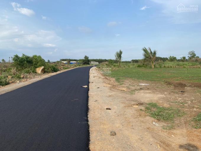 Bán đất sát mặt tiền đường nhựa xã Trung Hòa, DT 20x50m, QL1A vô 5km, 1,2 tỷ, sổ riêng, chính chủ ảnh 0