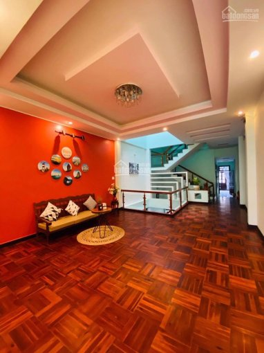 Nhà MT Nguyễn Thị Minh Khai, P7, TP Tuy Hòa 5x33m 1 trệt 3 lầu mới xây đẹp cách biển 500m ảnh 0