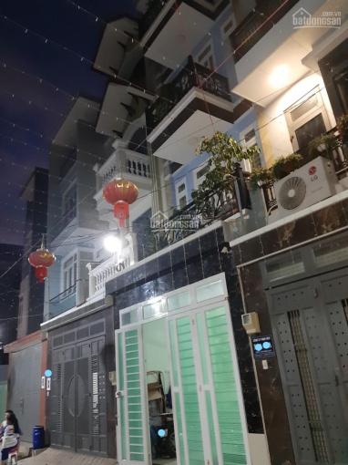 Cần tiền trả nợ ngân hàng bán gấp nhà 3 tầng hẻm 6m gần Lê Văn Việt, 4x17m=68m2 vuông vức, 5.65tỷ ảnh 0