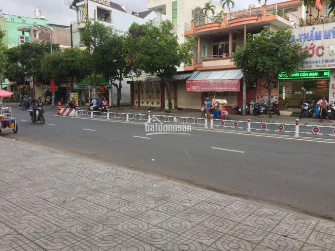 Nhà 1 trệt 1 lửng 200m2 Nguyễn Sơn, Tân Phú ảnh 0