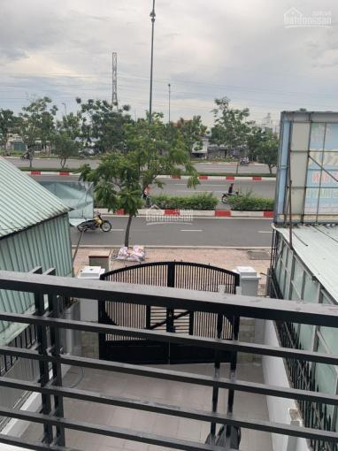 Nhà 3 tầng 2MT Phạm Văn Đồng, thuộc Hiệp Bình Chánh khúc gần GigaMall, KD sầm uất ảnh 0