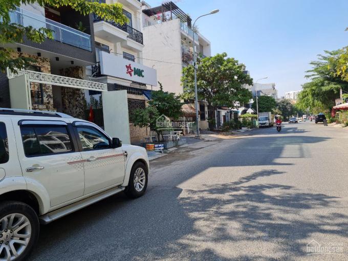 Nhà phố mặt tiền đường số 12, HBC, Thủ Đức. DT: 122.5m2 giá 19 tỷ LH 0903652452 Mr. Phú ảnh 0
