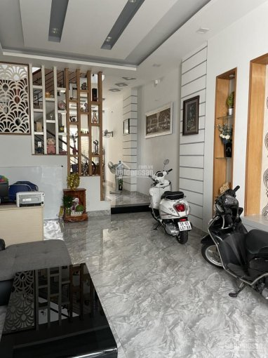 Cho thuê nhà mới đẹp có sẵn NT Nguyễn Tuân, P3 ảnh 0