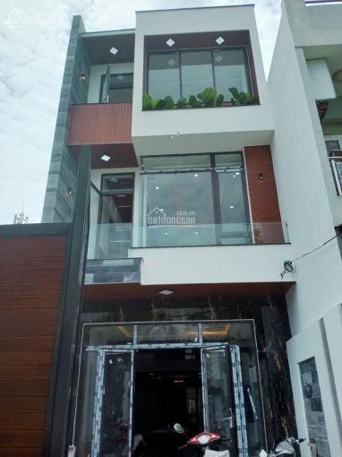 Vợ chồng tôi cần bán gấp nhà 3 mê nội thất gỗ đường Nguyễn Huy Tự sát biển Nguyễn Tất Thành ảnh 0
