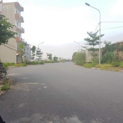 Chính chủ cần bán nhà đất dịch vụ Bồ Câu Chiến Sỹ mặt đường 24m mặt kinh doanh ảnh 0
