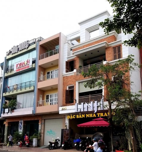 Gấp gấp! Cho thuê MT Nguyễn Thái Bình - Phó Đức Chính, Q1. DT 4x25m KC 5 tầng gía 65 triệu ảnh 0