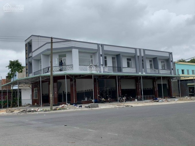Bán đất tặng nhà siêu đô thị Bàu Bàng, MT Quốc lộ 13, DT: 150 m2, SHR, LH: 0909056513 ảnh 0