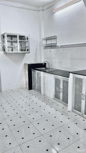 Cho thuê nhà 30 Lâm Văn Bền, 1 lầu, 2PN, full nội thất ảnh 0