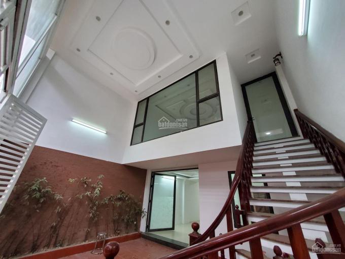 Chính chủ bán nhà mặt phố Đại Cồ Việt: Nhỉnh 10 tỷ, 55m2 * 5 tầng, thang máy, siêu KD, 0333033306 ảnh 0