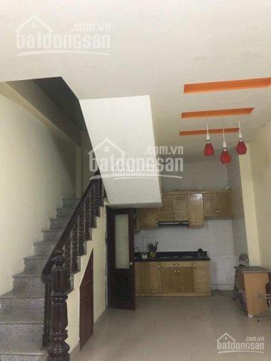 Cho thuê nhà Lạc Trung DT 100m2, xây 50 m2 x 3 tầng ô tô Matiz đỗ cửa 8 triệu/tháng ảnh 0