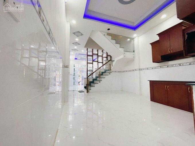 Nhà 4x14m, 3 lầu, Khu Y Tế Kỹ Thuật Cao, gần Aeon Mall Bình Tân ảnh 0