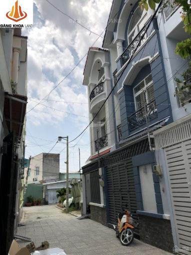 Nhà 1T2L sân thượng, view Landmark, hẻm nhựa 5m, đường Ụ Ghe, p. Tam Phú, tặng nội thất, DTS 142m2 ảnh 0