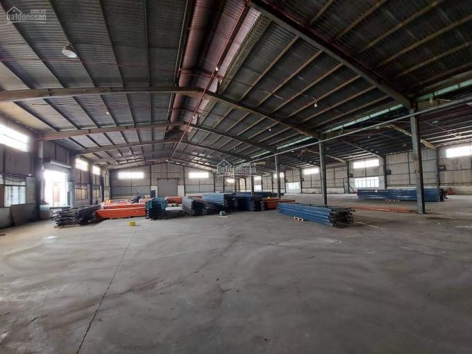 Cho thuê kho xưởng 3200m2 ngay mặt tiền đường Nguyễn Cửu Phú, 180 tr/ tháng ảnh 0